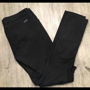 {Kancan} distressed knee jeans
